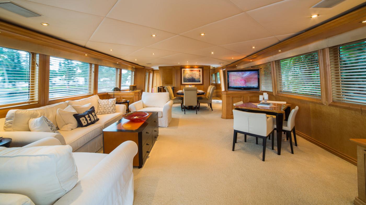 101 Broward Yacht Charter